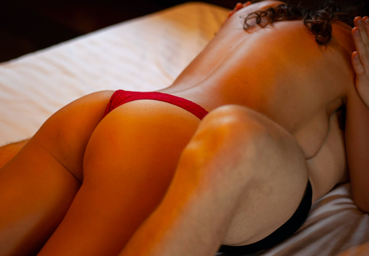 Why does erotic hypnosis work?